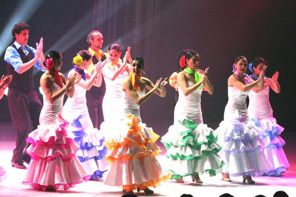 dancing Miami Florida cutture flamenco la rosa ballet classes