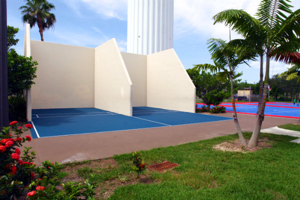 racquetball sports Miami active cities