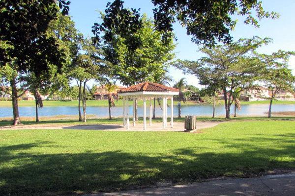 miami parks outdoors walking Florida