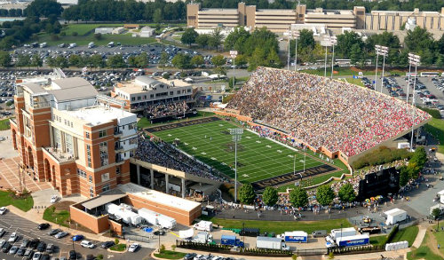 bb&t field home of wake forest demon deacons football