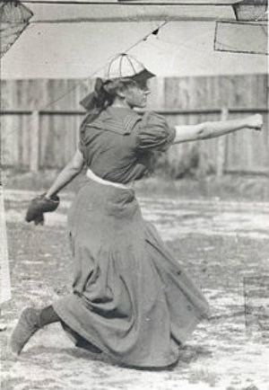first woman to play professional baseball