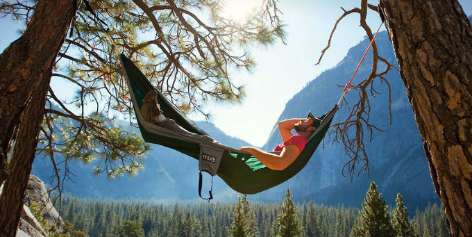 Portable Hammocks: Mobile Hammocking Is On The Rise, And You Should Totally Join The Fun