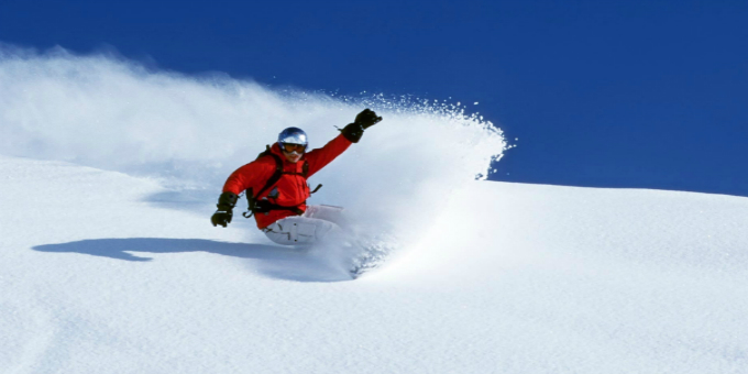 10 Essential Items For Your First Snowboarding Trip